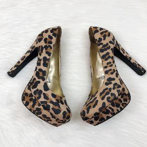 [MOSSIMO] Leopard Print Platform Heels